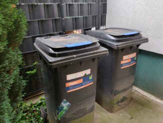 Papiermülltonnen, Mülltonnen