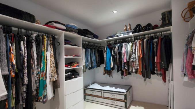 Kleiderschrank, begehbar