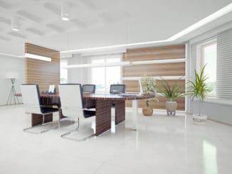 Schwingstühle im modernen Büro