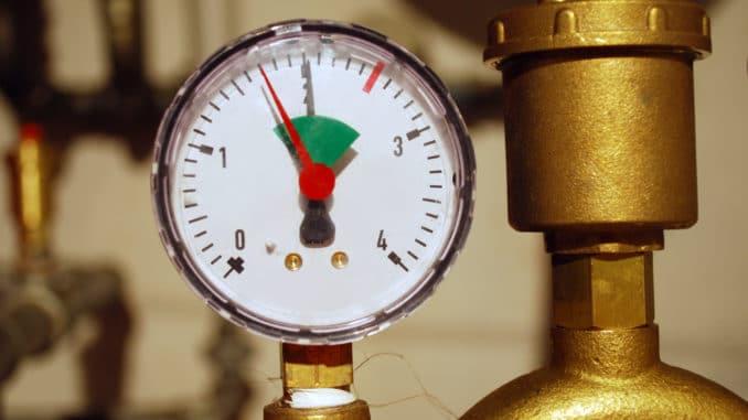 Wasserenthärtungsanlage Druck