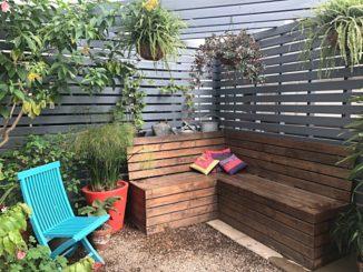 selbstgebaute Gartenbank