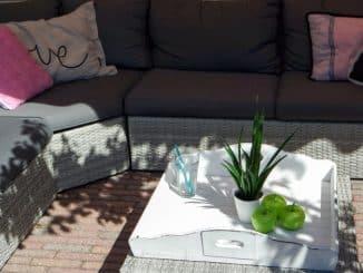 moderne Rattan-Gartenmöbel